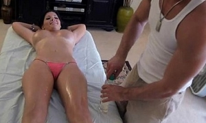 Pleasuring honey to massage
