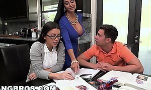 Bangbros - simulate nurturer milf ava addams triad more legal age teenager daisy summers
