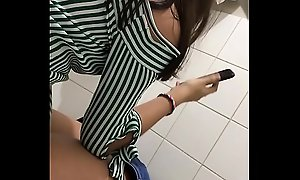 Hidden cam powder-room teen piss young